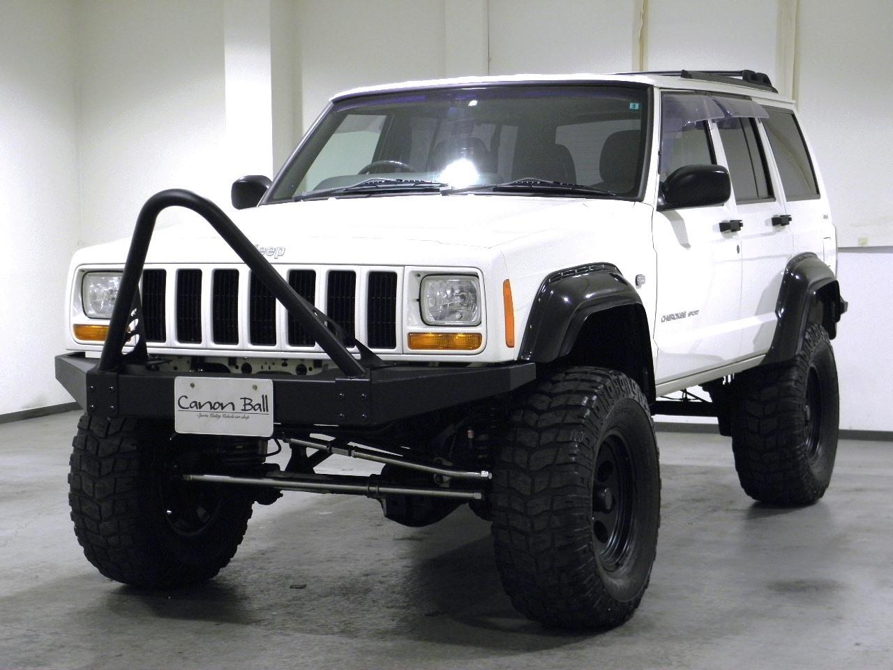 スポーツ リフトUPカスタムver ブラックインテリア DVDナビ 【XJ型Jeep最終モデル】