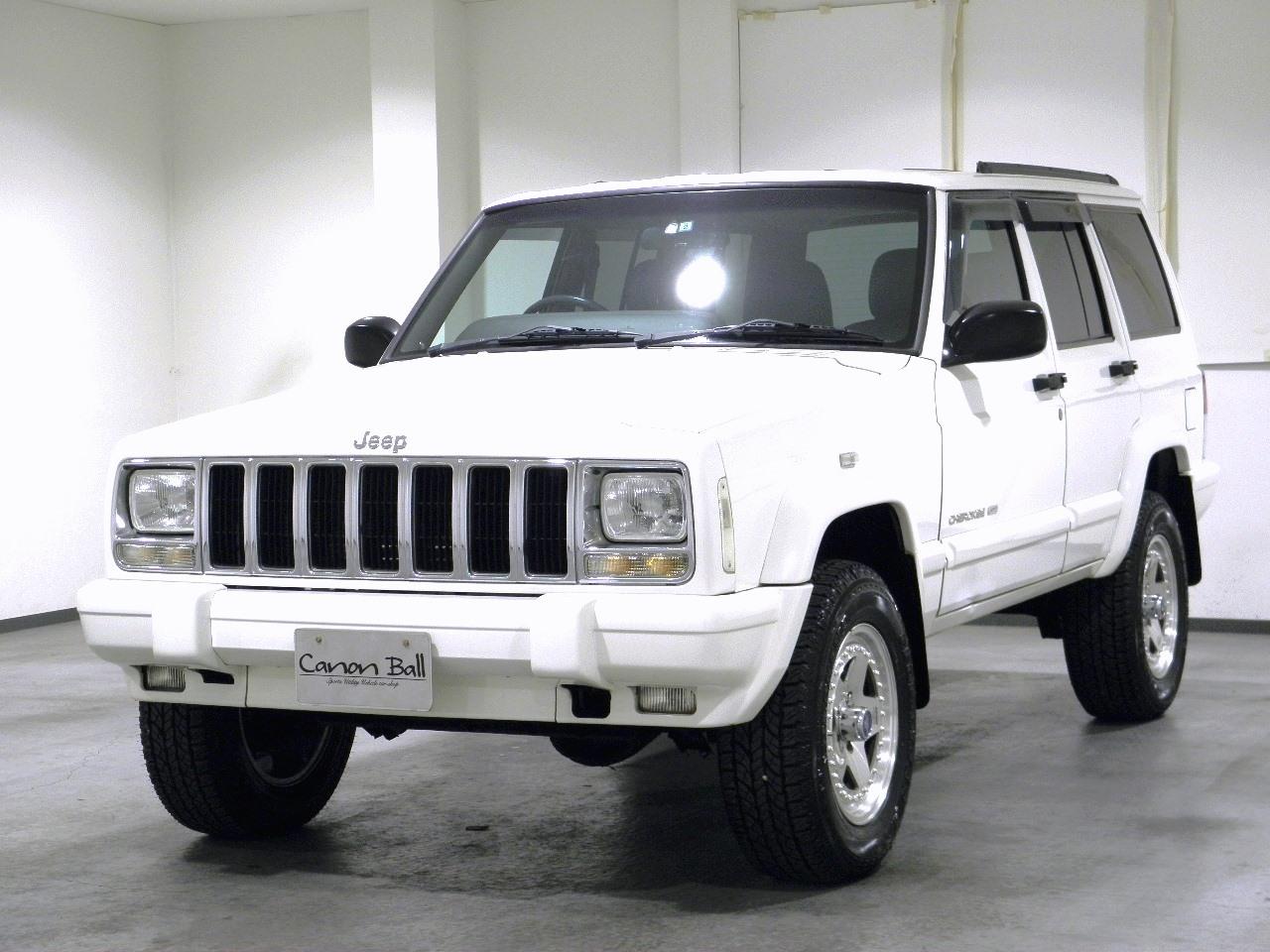 LTD リフトUP 黒本革シート&ウッドインテリア 【XJ型Jeep最終モデル】