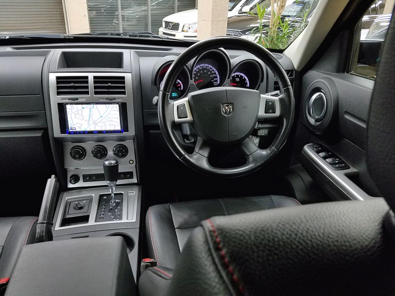 R/T 20インチAW 黒本革内装 ビルトイン式HDDナビ&地デジフルセグTV一体機【正規ディーラー車】