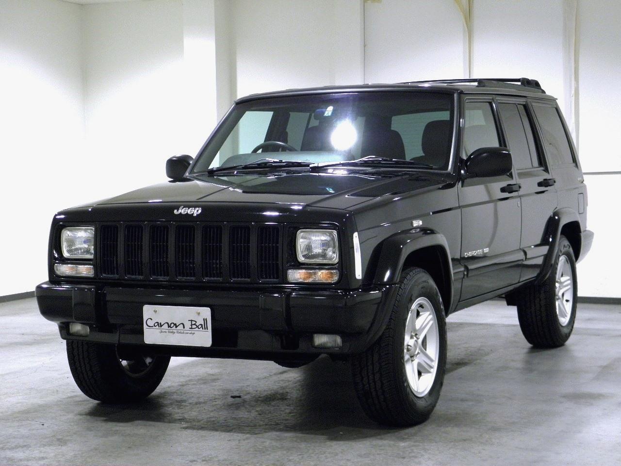 LTD 黒本革シート&ウッドインテリア 【XJ型Jeep最終 '01モデル】 (画像別)のイメージ画像です